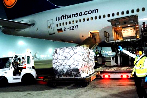 First Shipment of UK Covid Medical Aid Reach to India