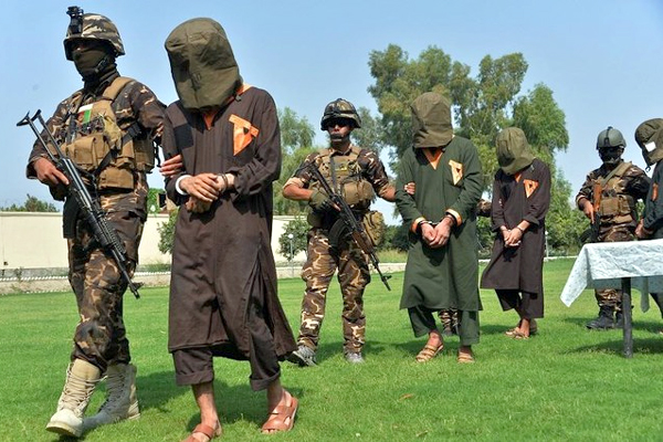 Afghan Forces Attack on Taliban