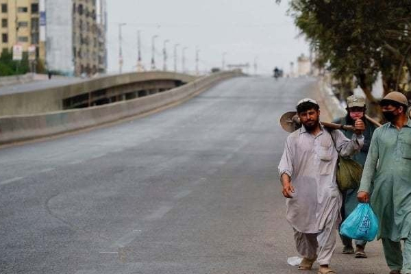 The second day of lockdown across the province, including the karachi